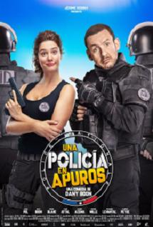 fb2b492456a618f8297bfd7dca70805c_Una_polica_en_apuros_6738.png